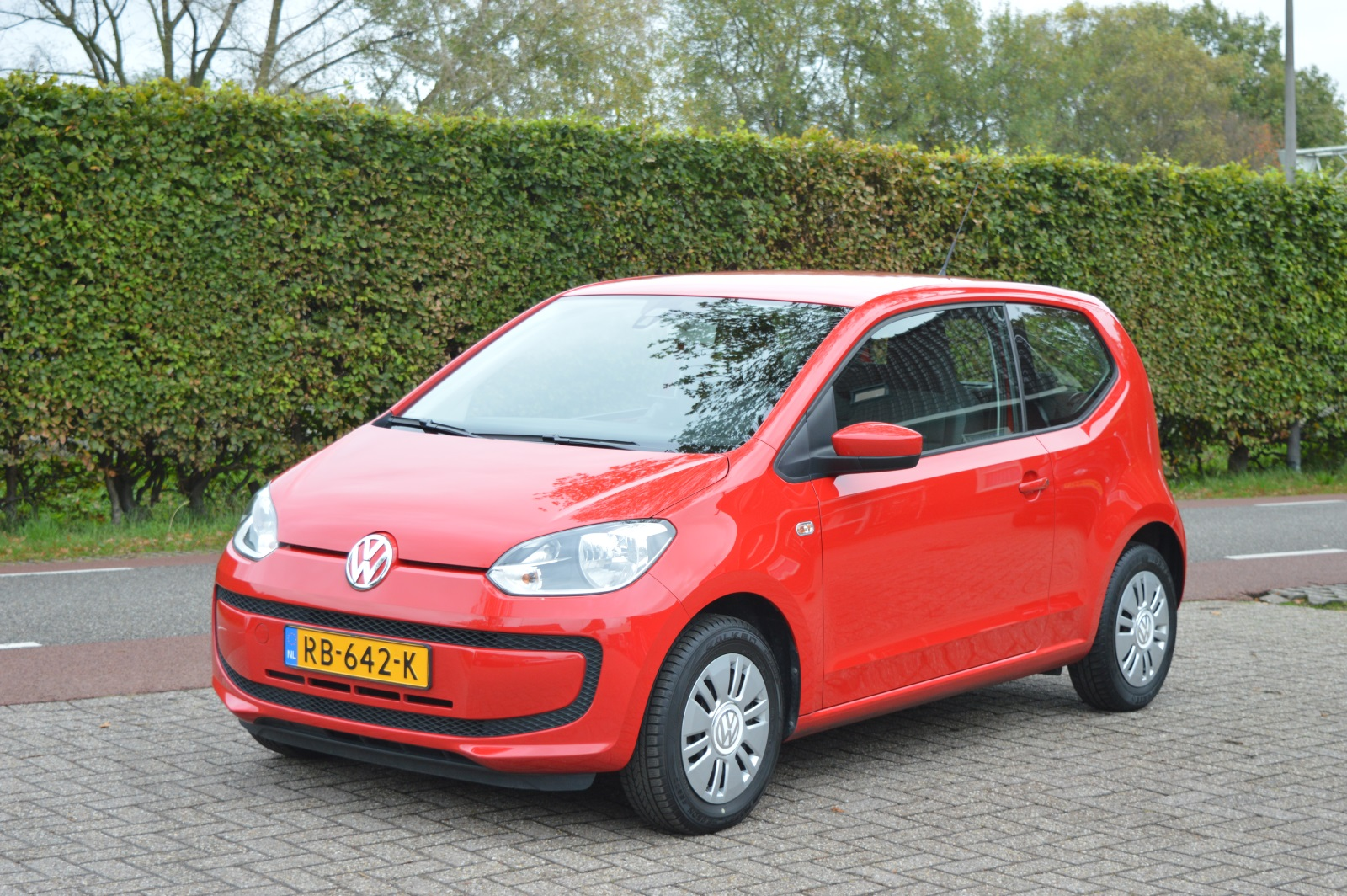 volkswagen up 1 0 move up bluemotion autobedrijf slager. Black Bedroom Furniture Sets. Home Design Ideas
